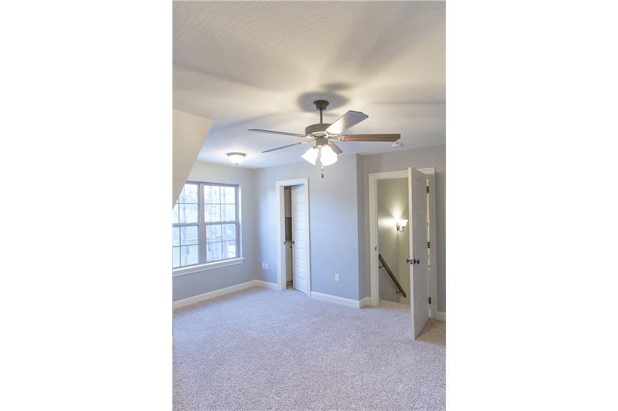 142-1152: Home Interior Photograph-Playroom