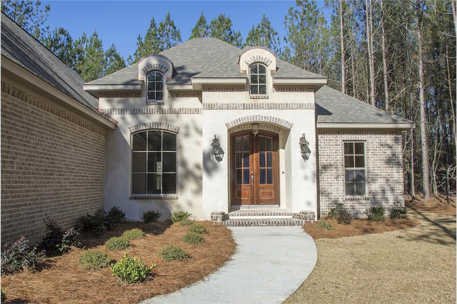 142-1152: Home Exterior Photograph-Front Door