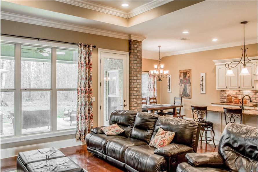 142-1155: Home Interior Photograph