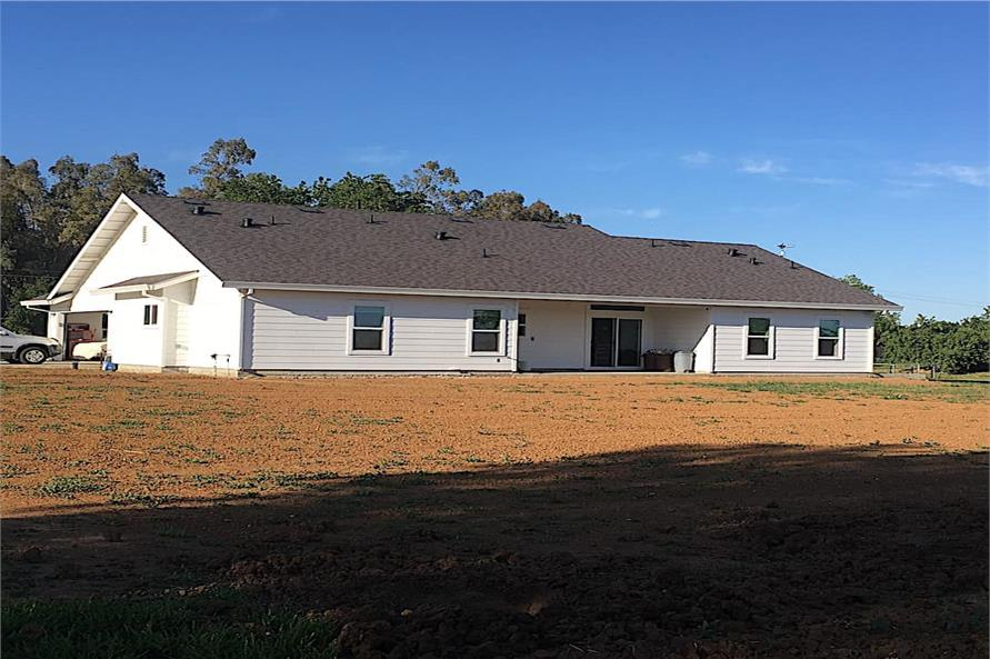 Rear View of this 3-Bedroom,1657 Sq Ft Plan -142-1176