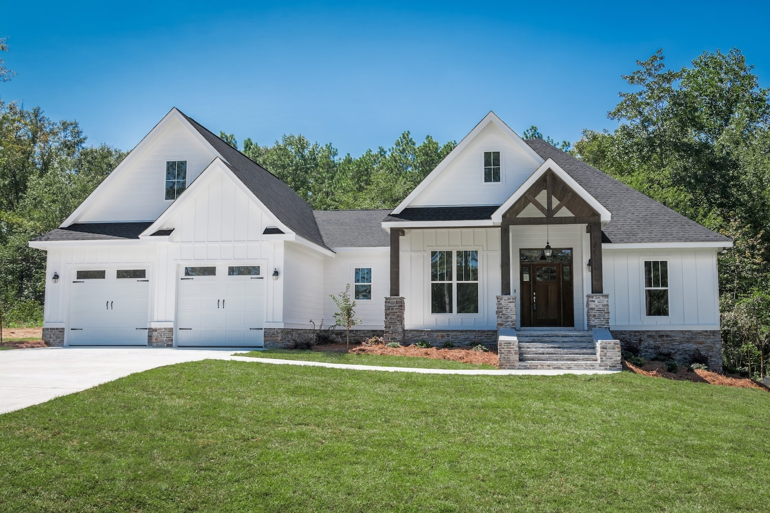 3 Bedrm 2073 Sq Ft Country House Plan 142 1177