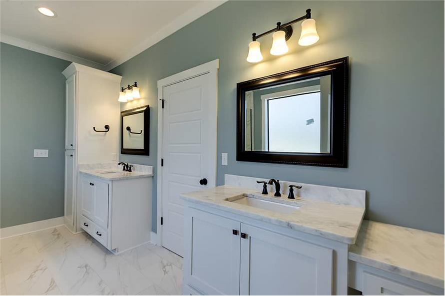 Master Bathroom of this 3-Bedroom,2077 Sq Ft Plan -2077