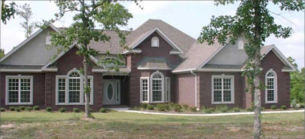 Contemporary home (ThePlanCollection: Plan #144-1040)