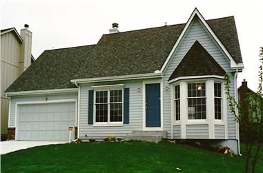 3-Bedroom, 1826 Sq Ft Traditional Home Plan - 147-1004 - Main Exterior
