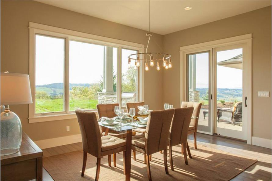 149-1892: Home Interior Photograph-Kitchen: Breakfast Nook