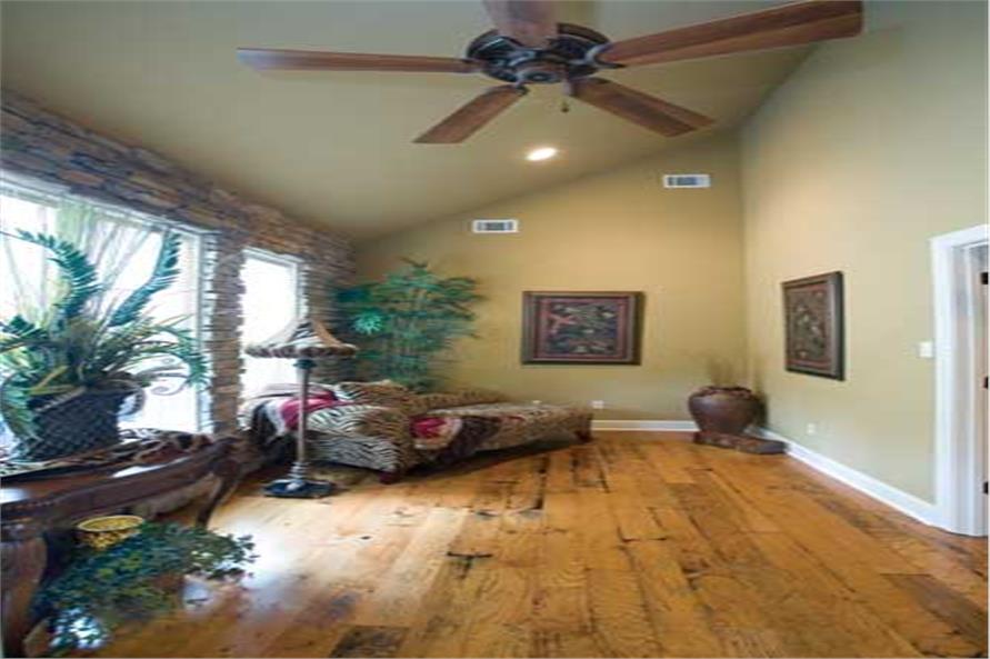 153-1021: Home Interior Photograph-Sitting Room
