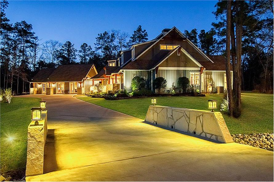 Home at Night of this 5-Bedroom,4501 Sq Ft Plan -4501