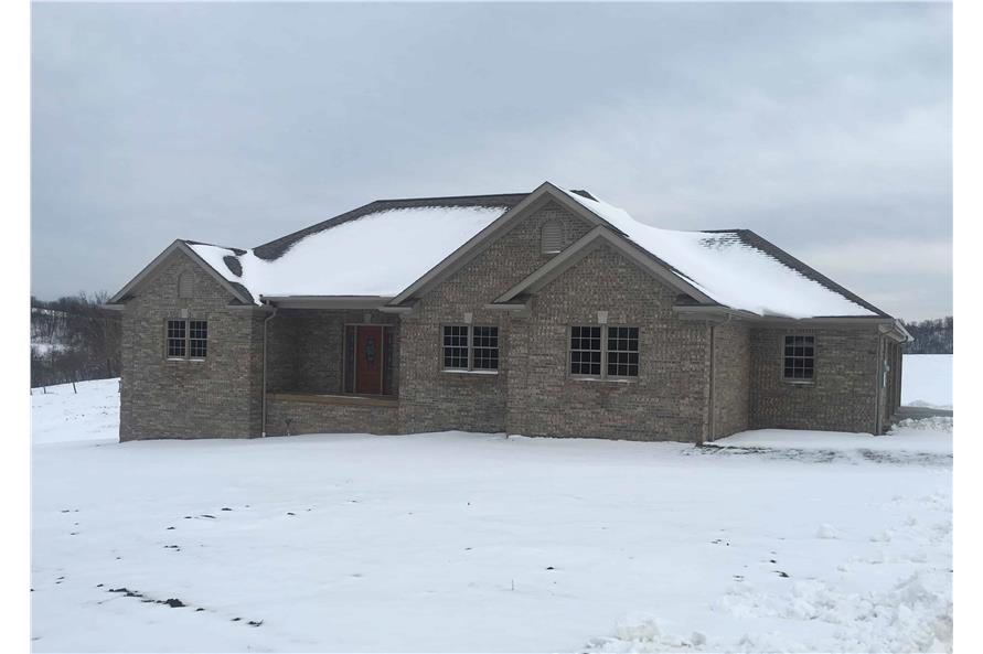 Home at Holidays of this 3-Bedroom,2096 Sq Ft Plan -2096