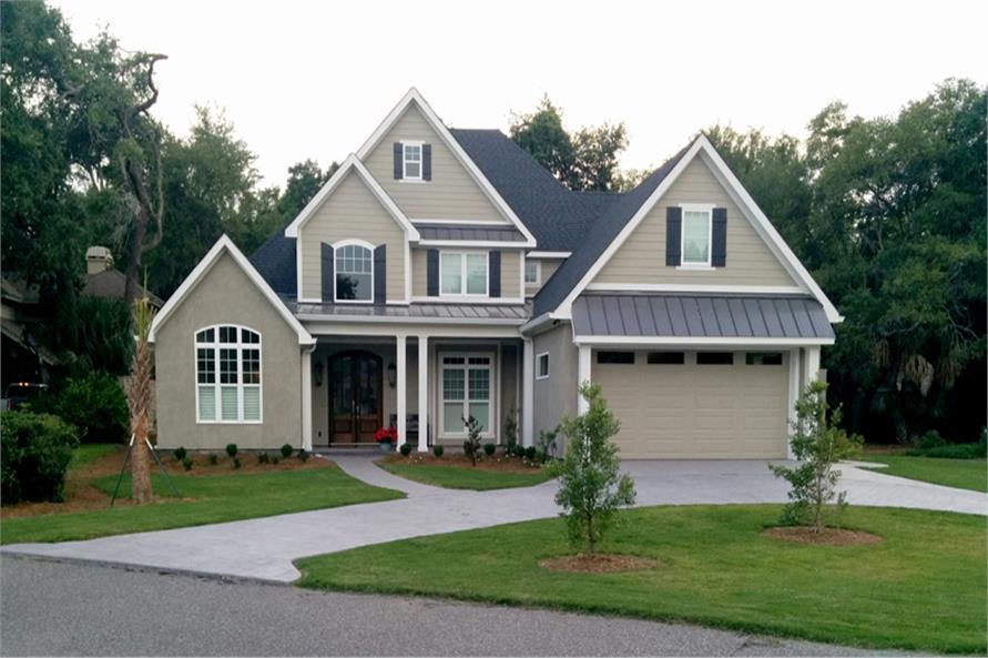 4-Bedroom, 2481 Sq Ft Craftsman Home Plan - 153-1706 - Main Exterior