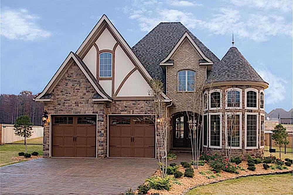 European style home (ThePlanCollection: Plan #153-1750)