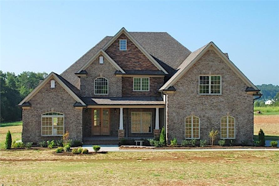 4-Bedroom, 2481 Sq Ft Transitional Craftsman House Plan - 153-1786 - Front Exterior