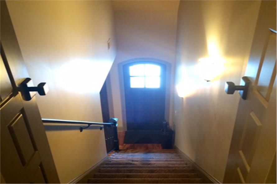 153-2050: Home Interior Photograph