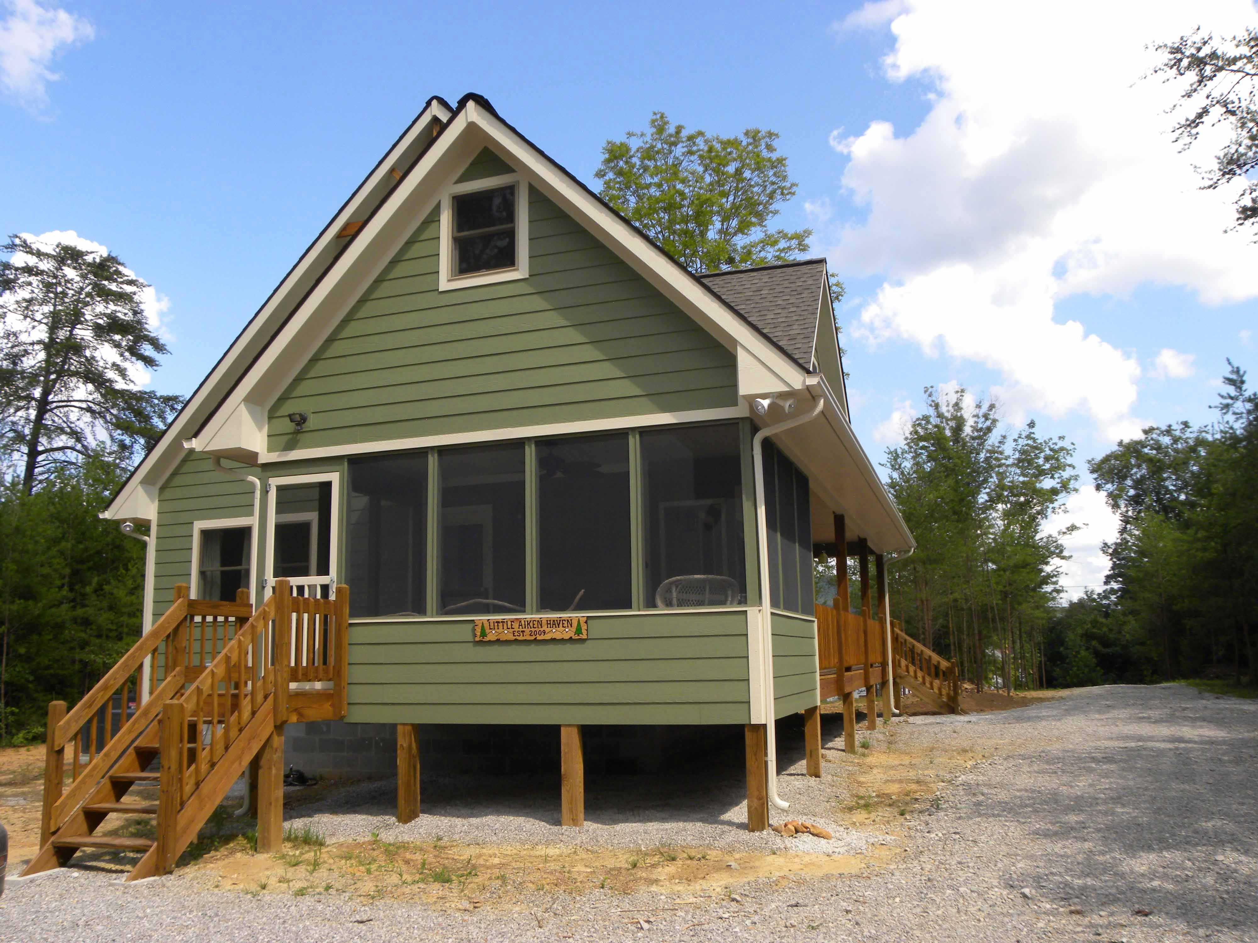 Tiny Home Designs: Cabins, Vacation Homes