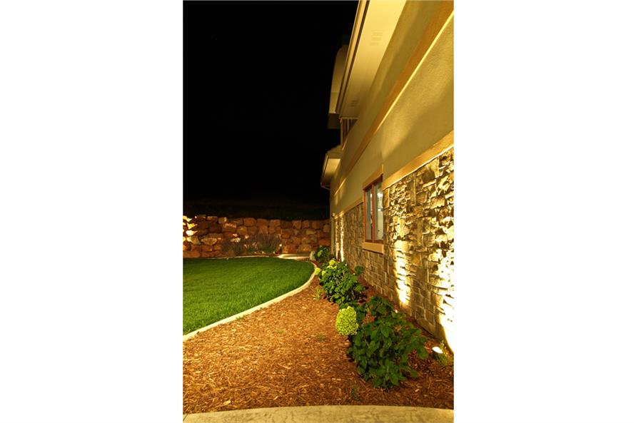 161-1000: Home Exterior Photograph-Landscaping
