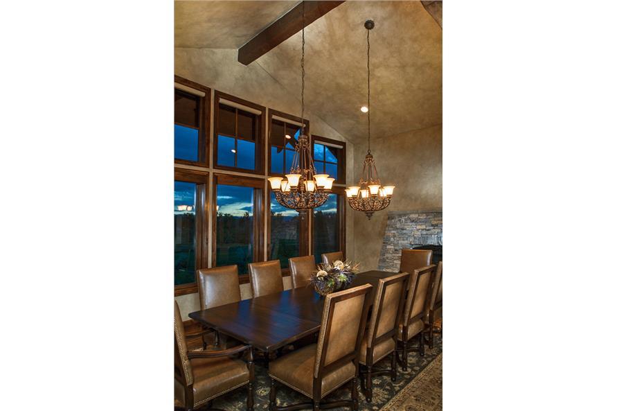 161-1053 Dining Room