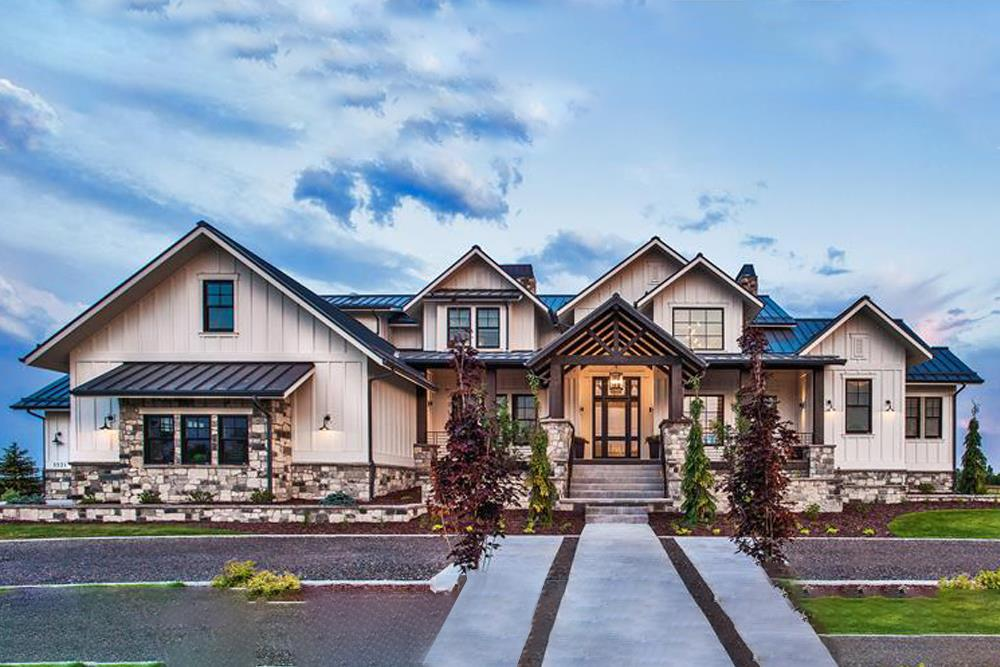 Luxury Craftsman style home plan (ThePlanCollection: House Plan #161-1075)