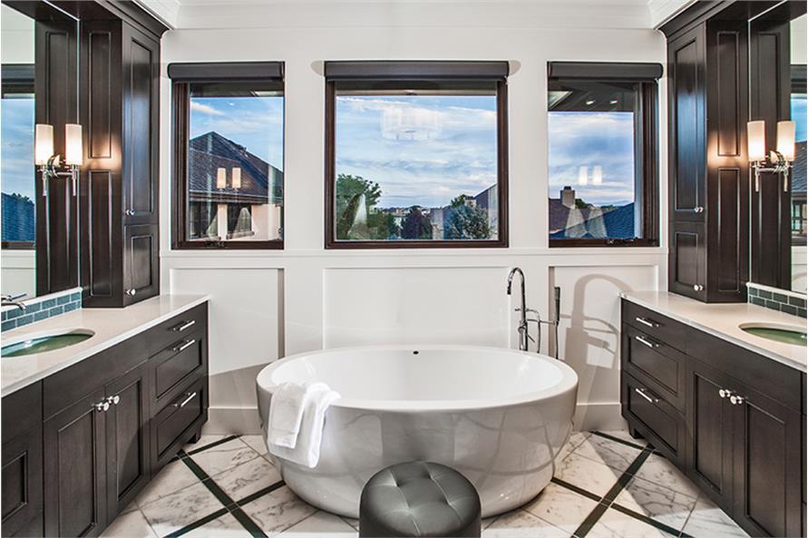 161-1077: Home Plan Rendering-Bathroom