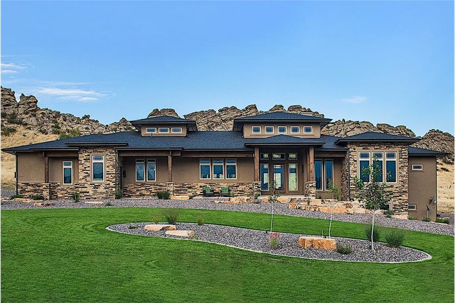 2–4-Bedroom, 2862 Sq Ft Ranch House - Plan #161-1104 - Front Exterior