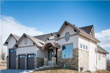 2-Bedroom, 2594 Sq Ft Ranch House - Plan #161-1111 - Front Exterior