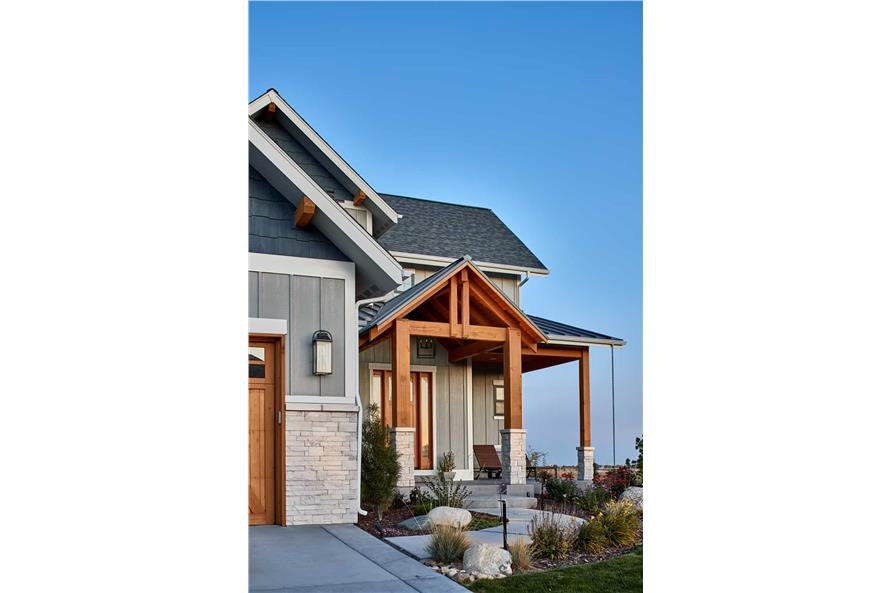 Front View of this 4-Bedroom,3237 Sq Ft Plan -161-1124