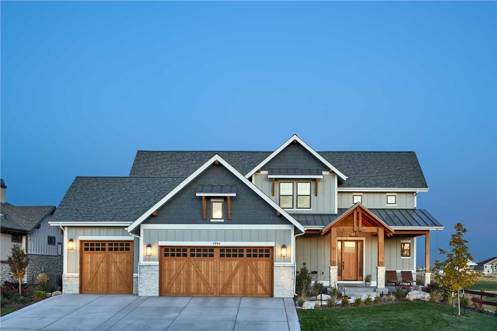 Farmhouse home (ThePlanCollection: Plan #161-1124)