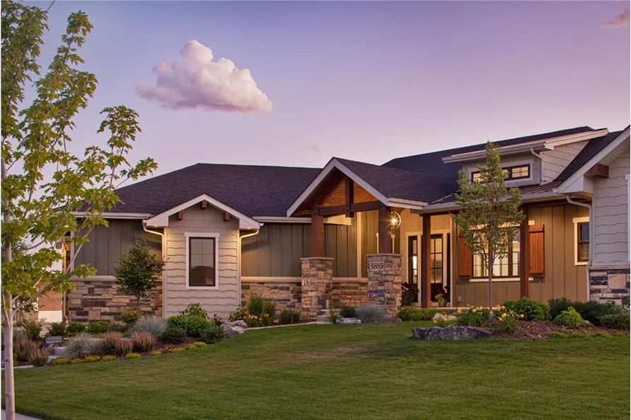 Front View of this 3-Bedroom,2925 Sq Ft Plan -161-1135
