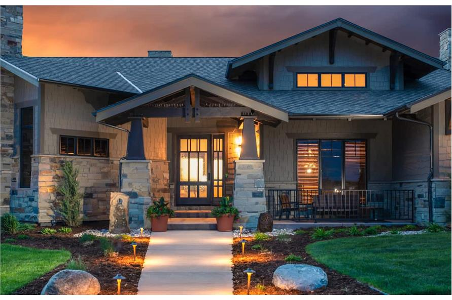 Home at Night of this 2-Bedroom,3071 Sq Ft Plan -161-1139