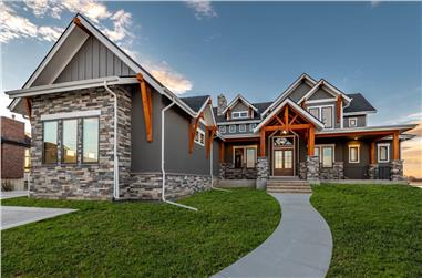 3-5-Bedroom, 3456–5210 Sq Ft Farmhouse House - Plan #161-1142 - Front Exterior