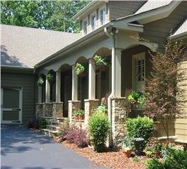 House Plan #163-1019