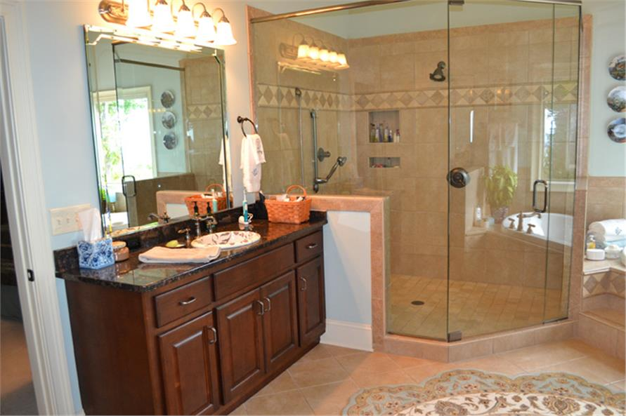 163-1055: Home Interior Photograph-Master Bathroom