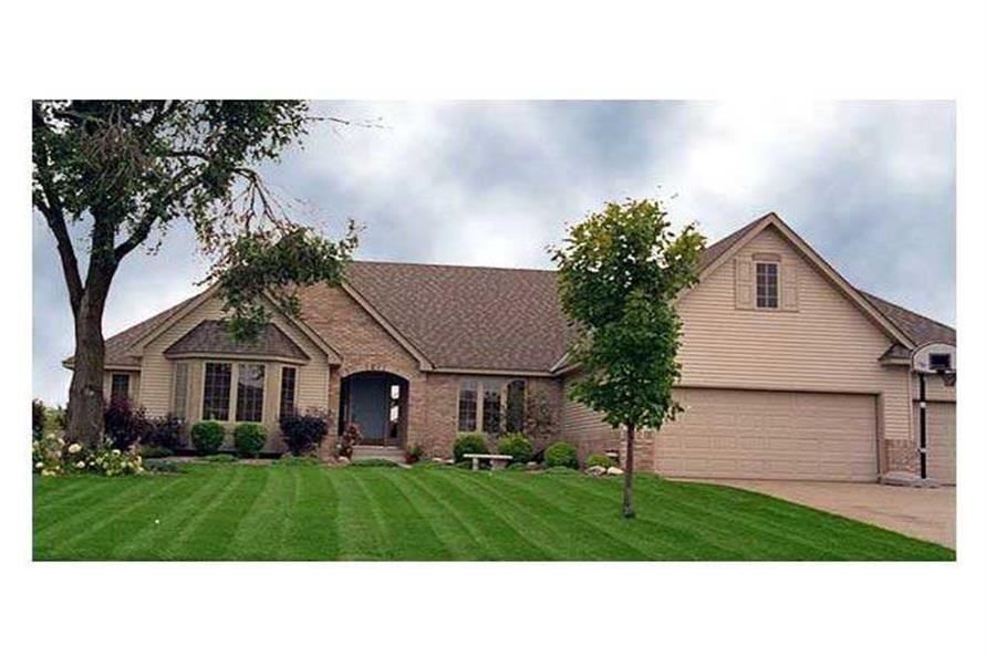 This image shows the front elevation of this set of Ranch Homeplans.