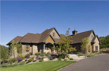 4-Bedroom, 4258 Sq Ft Country House Plan - 165-1076 - Front Exterior