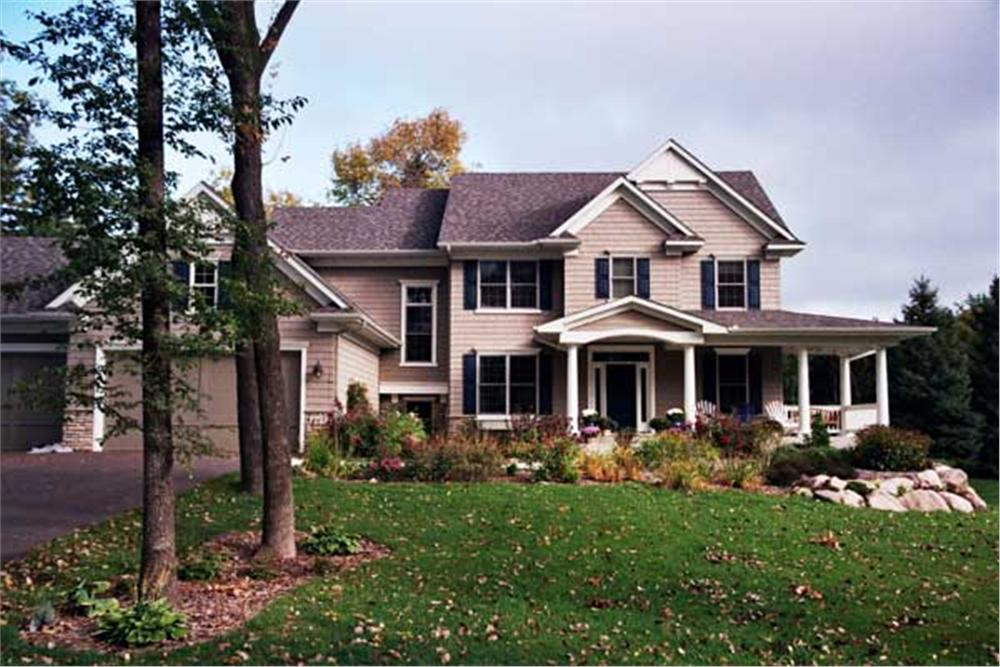 Color Photo of Country Houseplans CLS-2810.