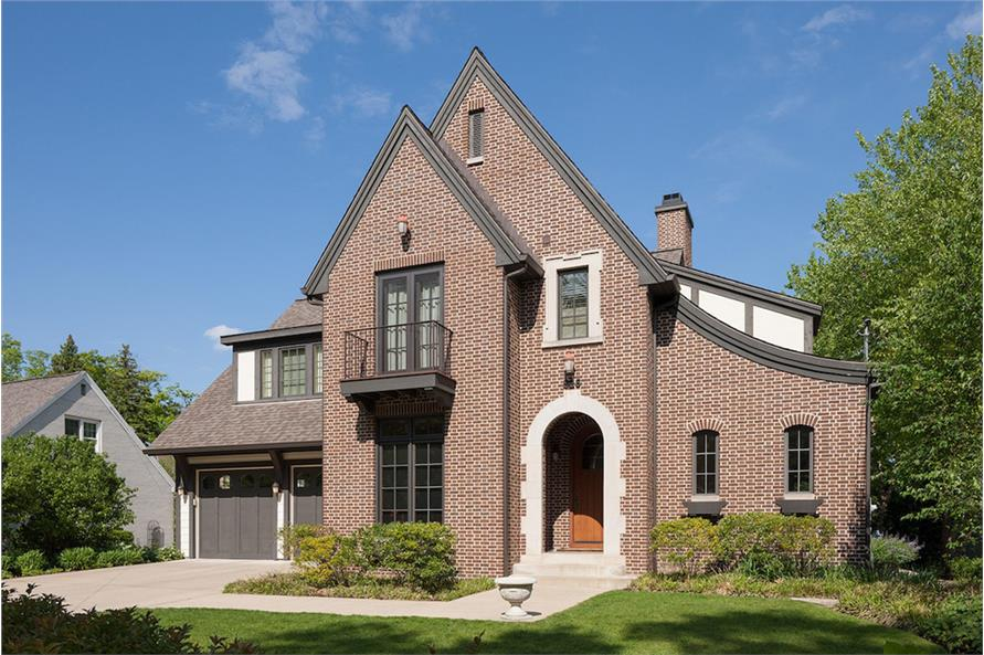 3-Bedroom, 3331 Sq Ft Traditional House Plan - 168-1137 - Front Exterior