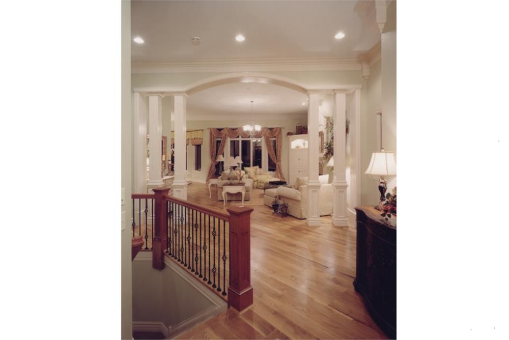 169-1016: Home Interior Photograph-Great Room
