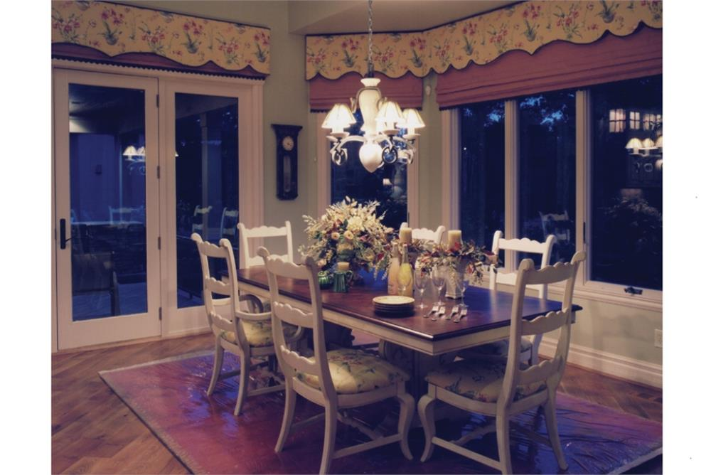 169-1016: Home Interior Photograph-Dining Room