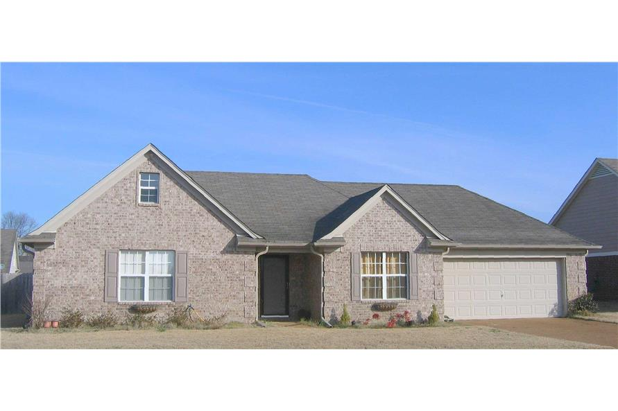 Color Photo of this house plan.
