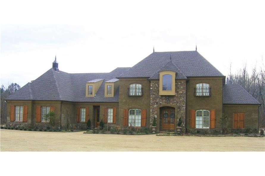 170-1518: Home Exterior Photograph