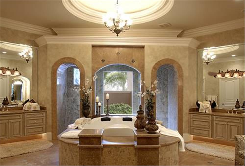 175-1073: Home Interior Photograph-Master Bathroom