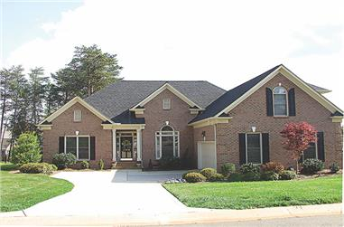 4-Bedroom, 3147 Sq Ft Ranch House Plan - 180-1006 - Front Exterior