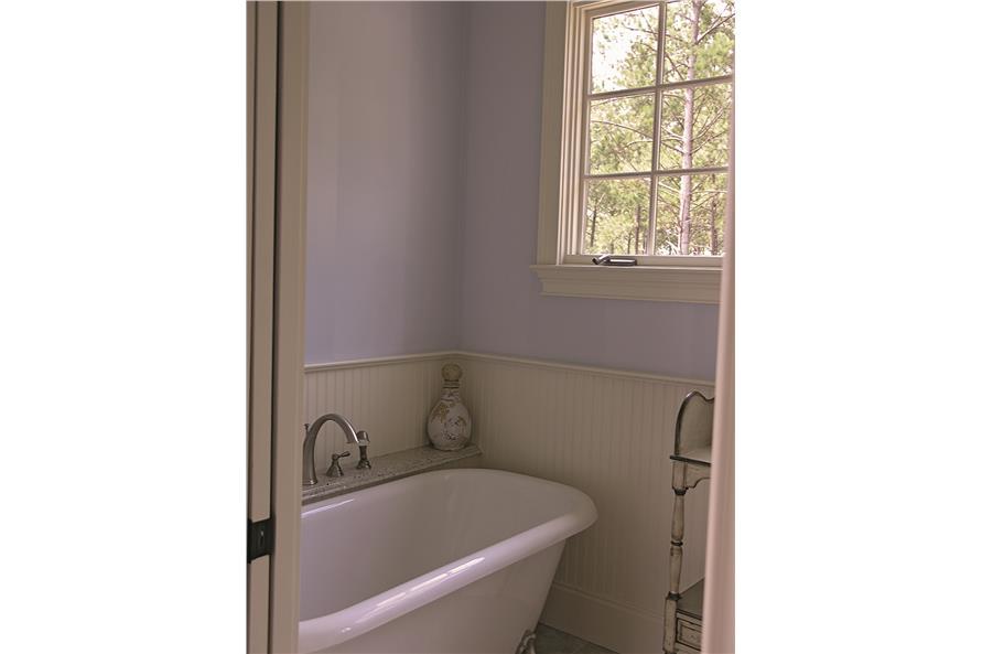 180-1025: Home Interior Photograph-Bathroom