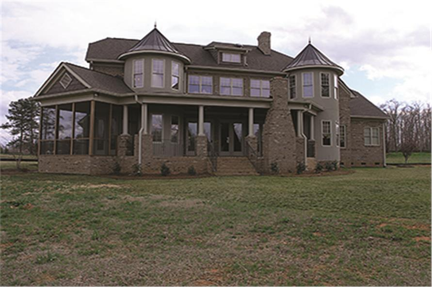 180-1026: Home Exterior Photograph-Rear View