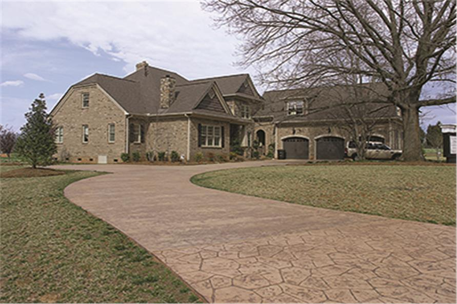 180-1026: Home Exterior Photograph