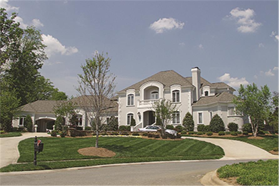 180-1030: Home Exterior Photograph