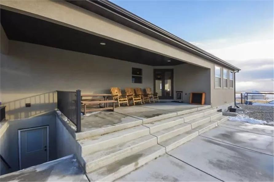 Patio of this 2-Bedroom,2477 Sq Ft Plan -187-1000