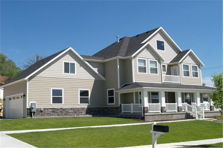 187-1001: Home Exterior Photograph