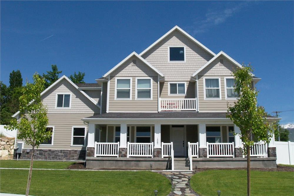 Farmhouse style home (ThePlanCollection: Plan #187-1001)