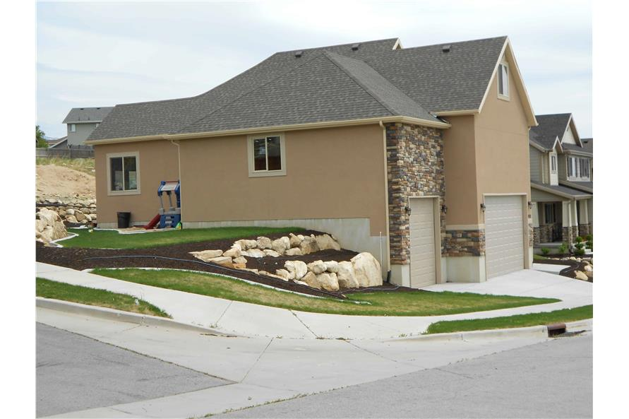 Left Side View of this 5-Bedroom,2053 Sq Ft Plan -187-1002