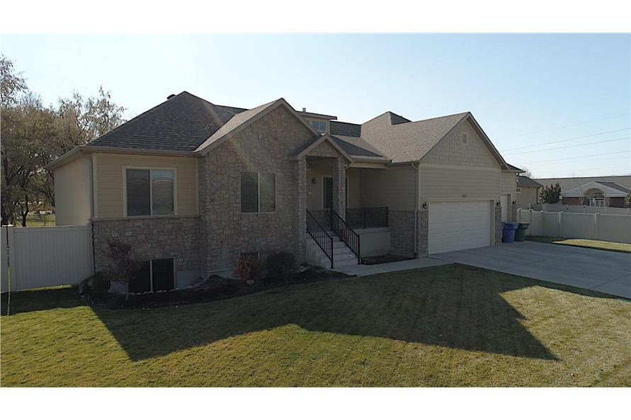 Left Side View of this 3-Bedroom,1555 Sq Ft Plan -187-1048