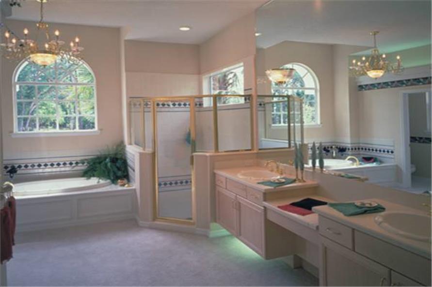 190-1000: Home Interior Photograph-Master Bathroom
